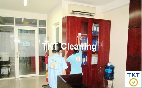hourly cleaning maid for office