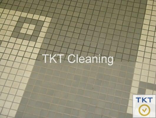 làm sạch đường ron phòng khách giúp môi trường trong sạch