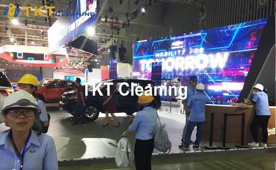 vệ sinh showroom hãng xe Chevrolet motorshow 2018
