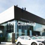 Dịch vụ lau alu kính – KH Showroom Hyundai Bình Tân