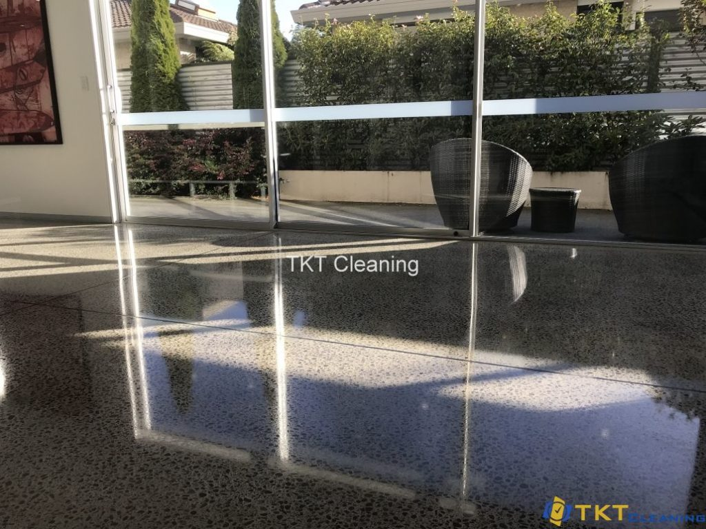 grinding decorative concrete floor finishing stage